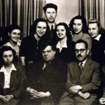 Проф. Балабанов и проф. Бешевлиев със студенти – 40-те год.